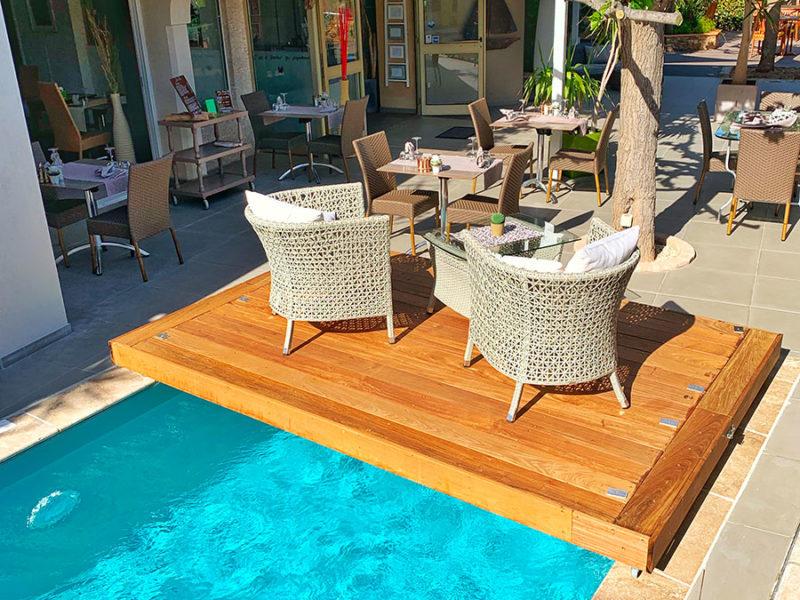 Piscine de l'hôtel Beau Soleil au Lavandou